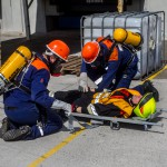 Versorung einer verletzten Person  beim  Gefahrgutunfall